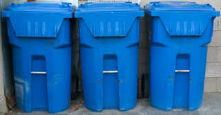 Trash containers 0016