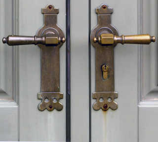 Handles and hinges 0002