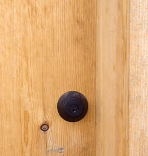 Handles and hinges 0003