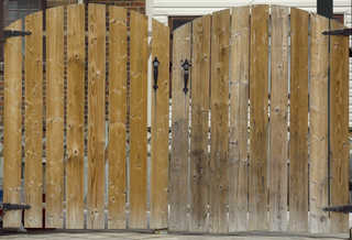 Wood fences 0029