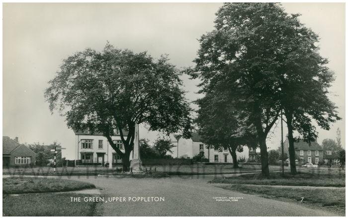 Postcard front: The Green, Upper Poppleton