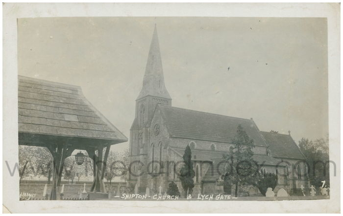 Postcard front: Shipton Church & Lych Gate