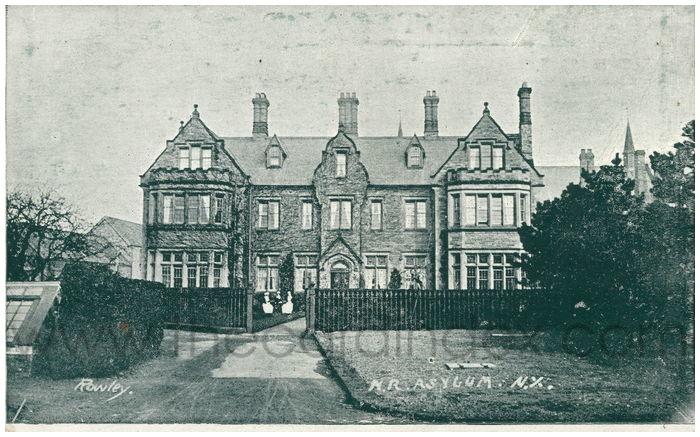 Postcard front: N.R. Asylumn. N.Y
