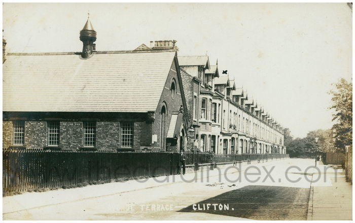 Postcard front: Avenue Terrace - Clifton
