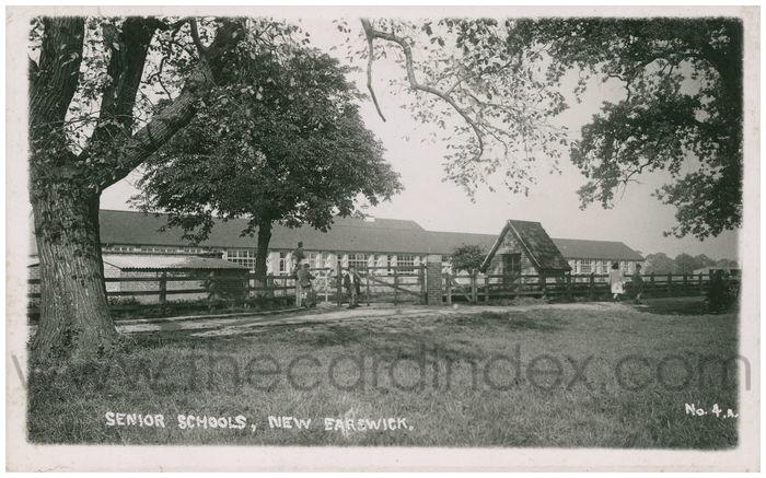 Postcard front: Senior Schools, New Earswick