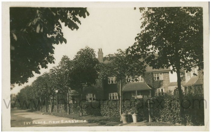 Postcard front: Ivy Place. New Earswick