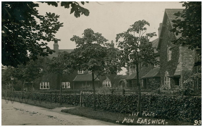 Postcard front: Ivy Place - New Earswick