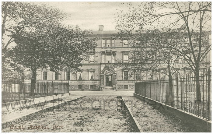 Postcard front: County Hospital, York