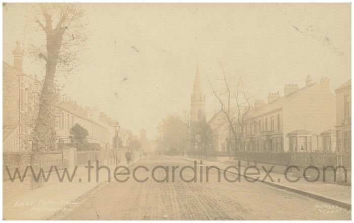 Postcard front: East Parade - Heworth