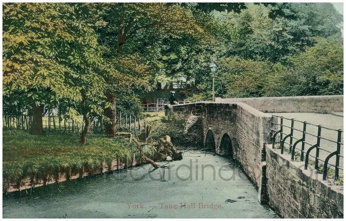 Postcard front: York. - Tang hall Bridge