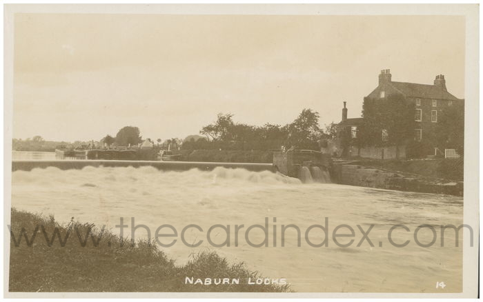 Postcard front: Naburn Locks