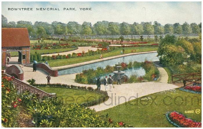 Postcard front: Rowntree Memorial Park, York