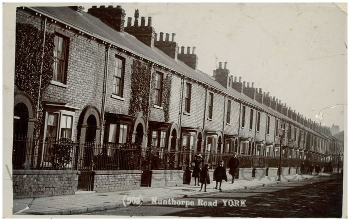 Postcard front: Nunthorpe Road York