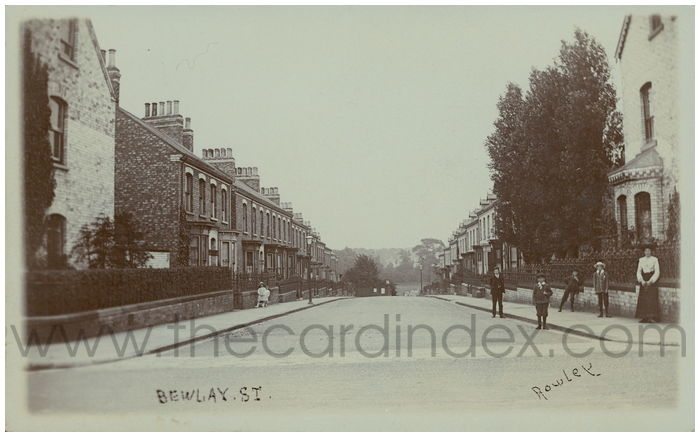 Postcard front: Bewlay St.