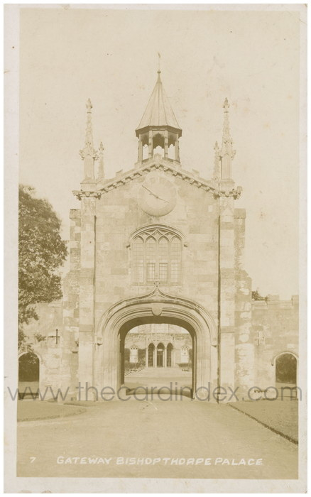 Postcard front: Gateway Bishopthorpe Palace