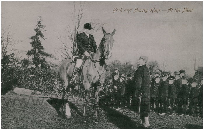 Postcard front: York and Ainsty Hunt. - At the Meet