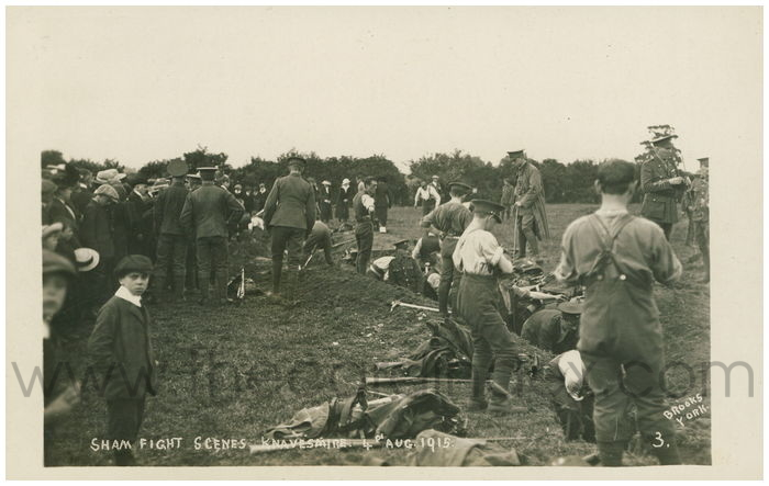 Postcard front: Sham Fight Scenes Knavesmire 4th Aug 1915