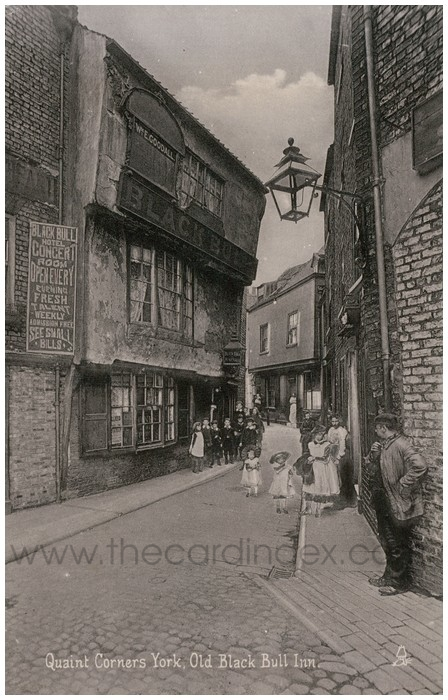 Postcard front: Quaint Corners York, Old Black Bull Inn