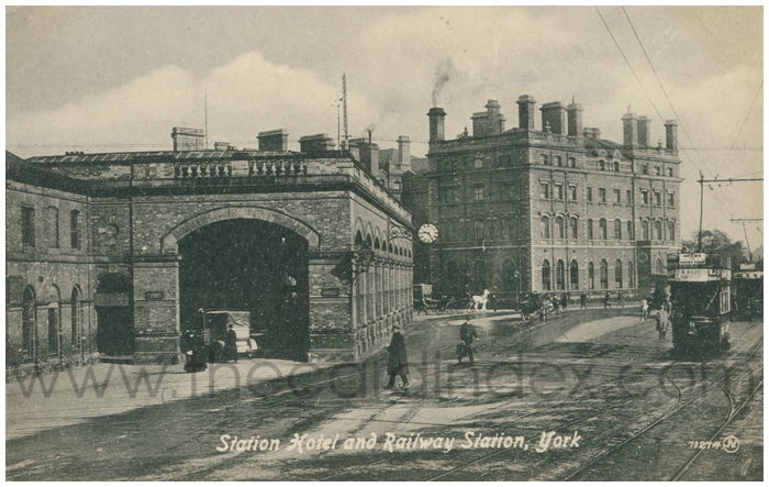 Postcard front: Station hotel and Railway Station, York