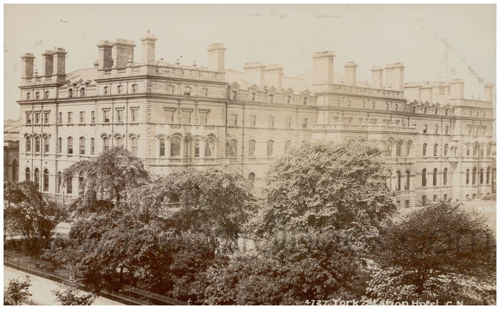Postcard front: York Station Hotel