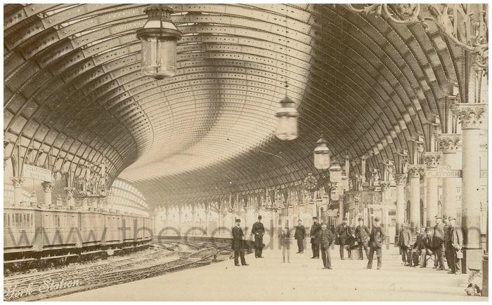 Postcard front: York Station