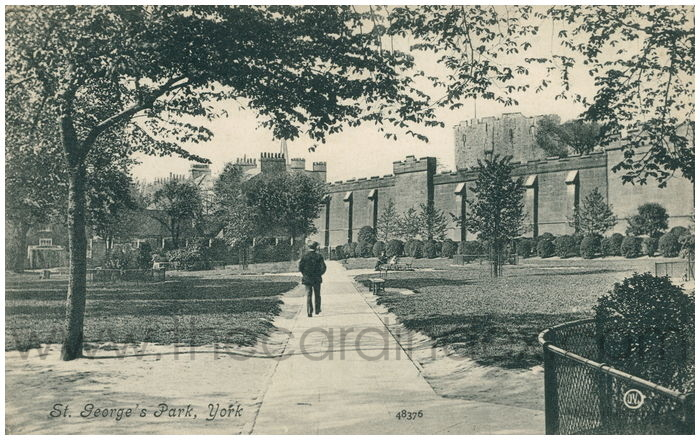 Postcard front: St. George's Park, York