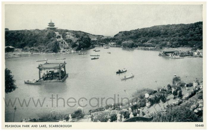 Postcard front: Peasholm Park and Lake, Scarborough