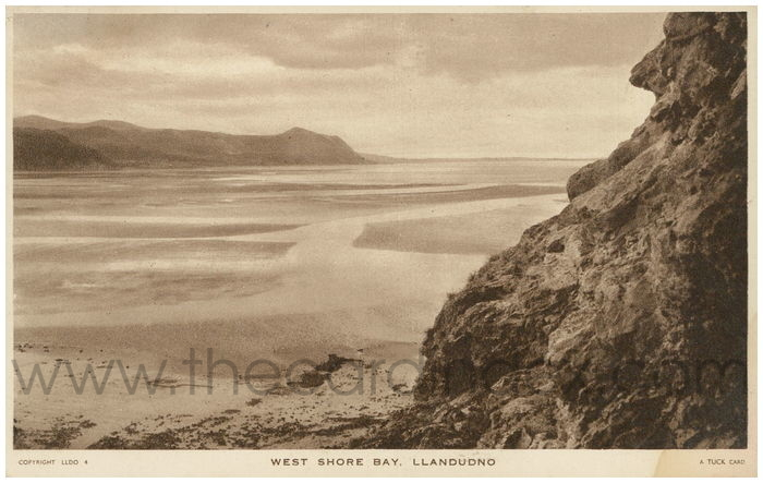 Postcard front: West Shore Bay Llandudno