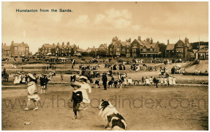 Postcard front: Hunstanton from the Sands