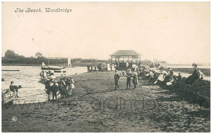 Postcard front: The Beach, Woodbridge