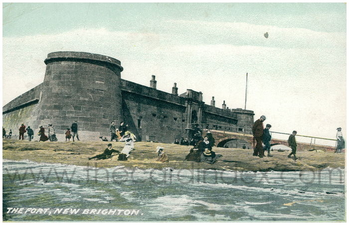 Postcard front: The Fort, New Brighton