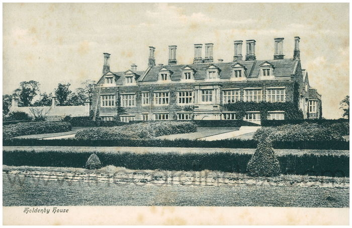 Postcard front: Holdenby House