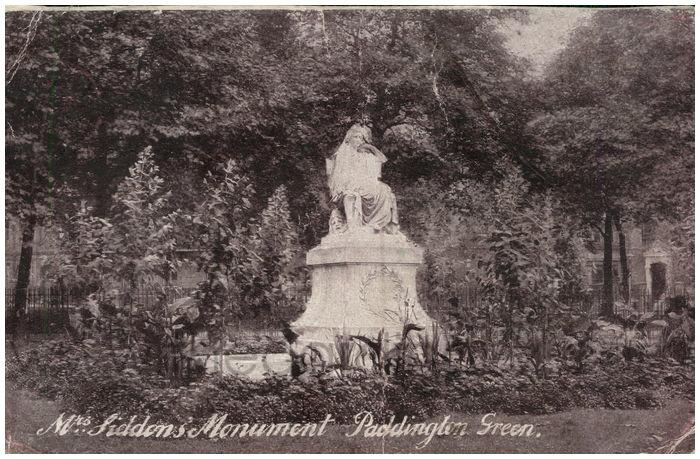 Postcard front: Mrs. Siddon's Monument Paddington Green.