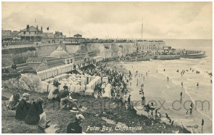 Postcard front: Palm Bay, Cliftonville.