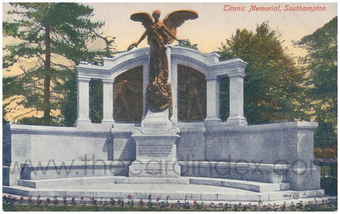 Postcard front: Titanic Memorial, Southampton