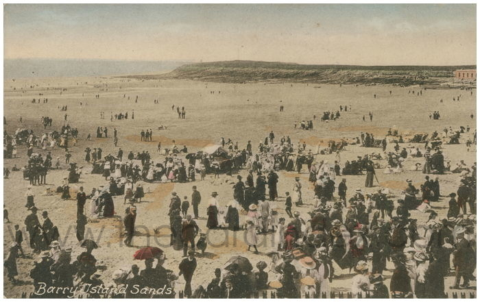 Postcard front: Barry Island Sands.