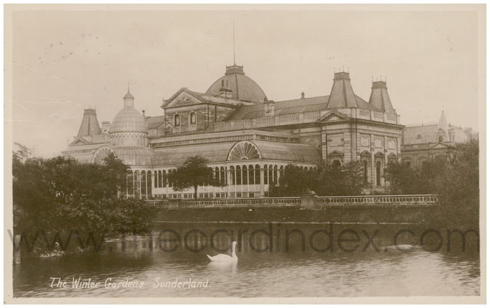 Postcard front: The Winter Gardens, Sunderland