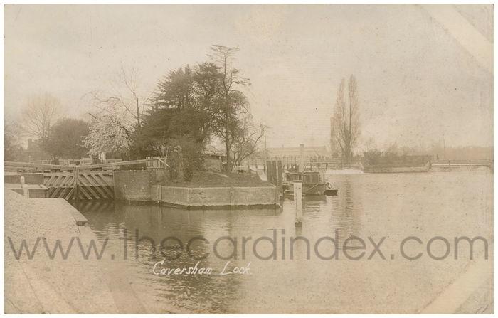 Postcard front: Caversham Lock