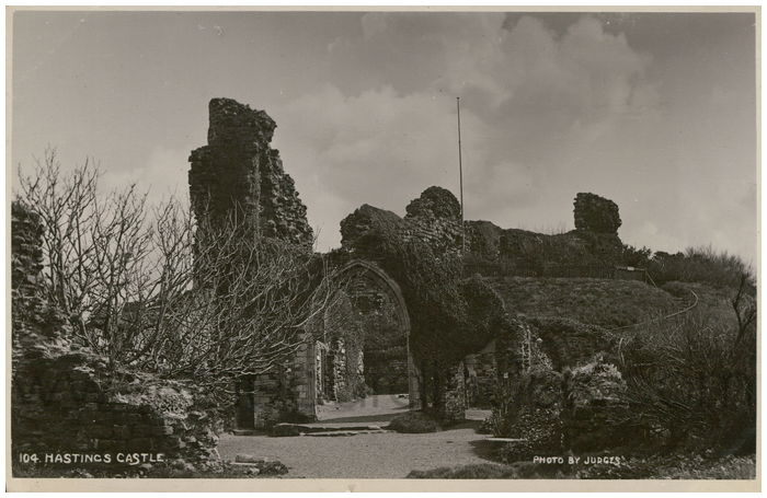 Postcard front: Hastings Castle