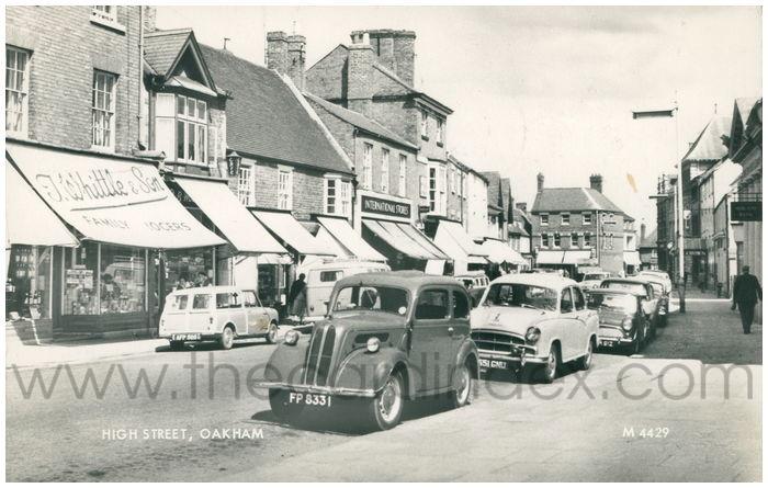 Postcard front: High Street, Oakham