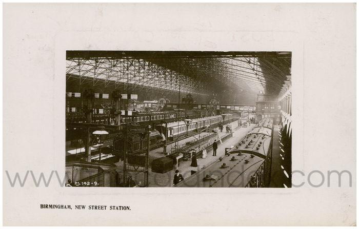 Postcard front: Birmingham, New Street Station