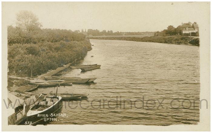 Postcard front: River Severn, Upton.