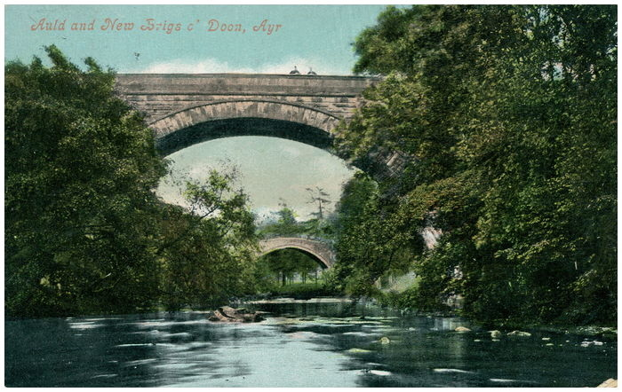 Postcard front: Auld and New Brigs o' Doon, Ayr.