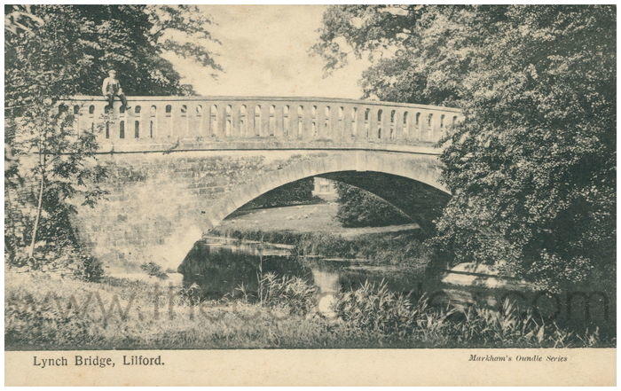 Postcard front: Lynch Bridge, Lilford.