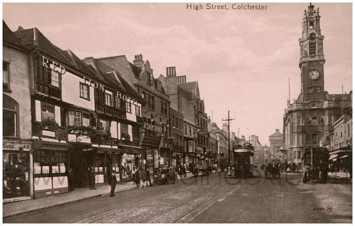 Postcard front: High Street, Colchester