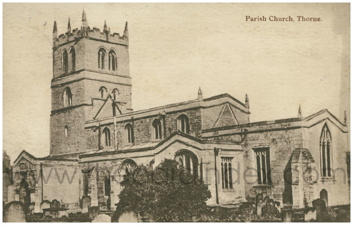 Postcard front: Parish Church, Thorne.