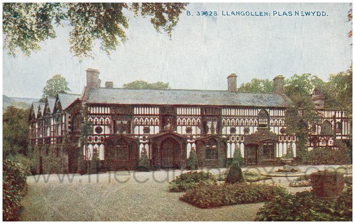 Postcard front: Llangollen: Plas Newydd.