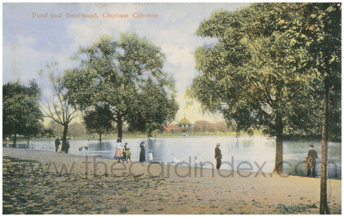 Postcard front: Pond and Bandstand, Clapham Common