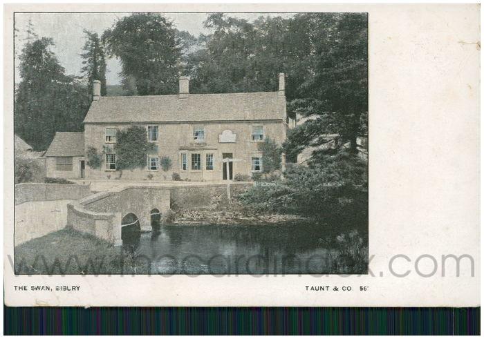 Postcard front: The Swan, Bibury