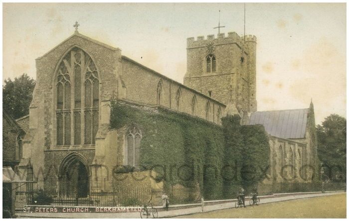 Postcard front: St. Peter's Church, Berkhamsted.